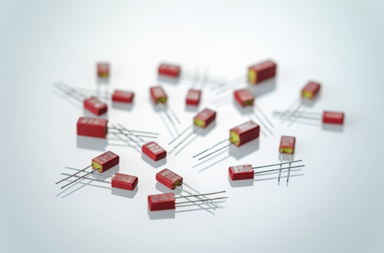 Miniature capacitors in PCM 2.5